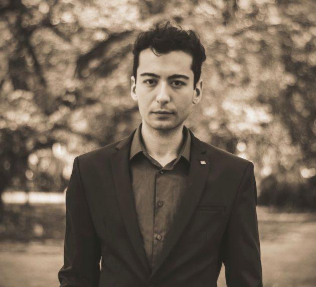Piyanist Emre YAVUZ: Bir bestecinin eserini çalıyorsam, o eseri çalmak için iyi bir sebebim olmalı